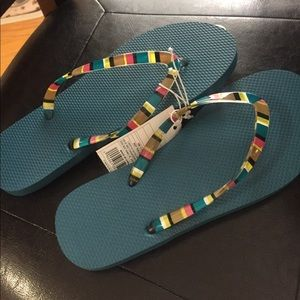 Shoes - Woman's flip flops